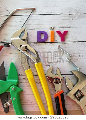 Do it yourself tools set