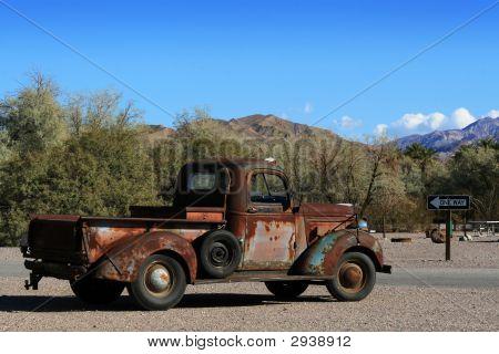 Rusty Pickup