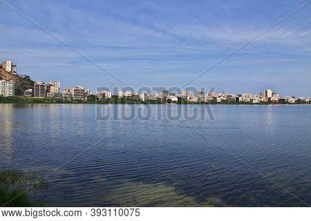 Rio De Janeiro, Brazil - 09 May 2016: Rodrigo De Freitas Lagoon In Rio De Janeiro, Brazil