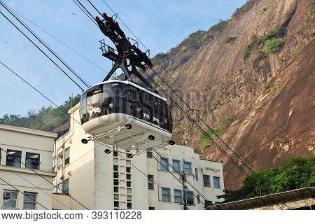 Rio De Janeiro, Brazil - 08 May 2016: Sugarloaf Mountain In Rio De Janeiro, Brazil