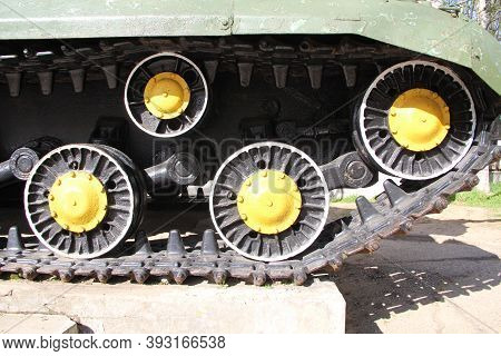 Caterpillar And Rollers Of The Russian Tank Su-152, View From The Side. Fragment Of The Chassis Of T