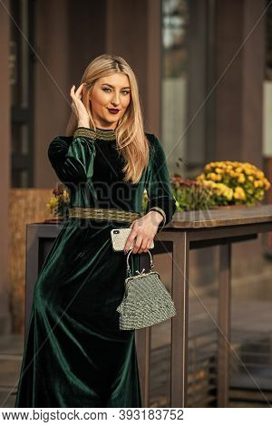Young And Beautiful. Glamour Velvet Textile. Sexy Businesswoman Wait For Meeting Outdoor. Modern Lif