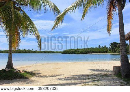 Main View Of Tinny And Wonderful Yandup Island Lodge's Private Beach, Yandup Island, San Blas, Kuna