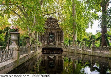 Paris, France - August 29, 2019 : The Medici Fountain, Fontaine Medicis, Is A Monumental Fountain In