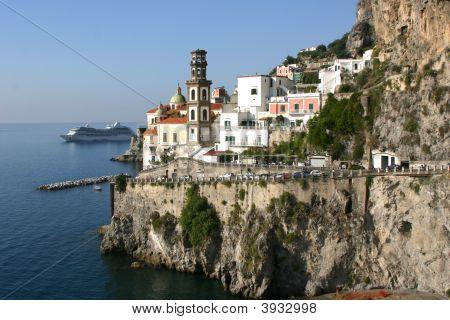 Amalfi Kreuzfahrtschiff