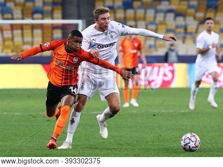 Kyiv, Ukraine - November 3, 2020: Tete Of Shakhtar Donetsk (l) Fights For A Ball With Christoph Kram