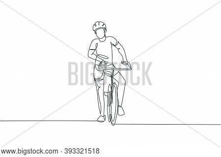 Single Continuous Line Drawing Of Young Agile Man Cyclist Pose Confidently At Cycling Event. Sport L