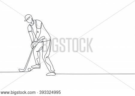 One Single Line Drawing Of Young Sporty Golf Player Hit The Ball Using Golf Club Graphic Vector Illu