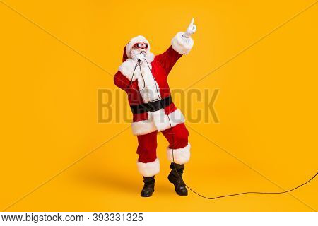 Full Length Photo Of Crazy Overweight Santa Claus Sing Microphone Christmas X-mas Song On Noel Party