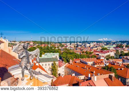 Sunny Aerial Vilnius Old Town Aerial View Scene. Red Rooftops Of Vilnius From The Birds Eye View - V
