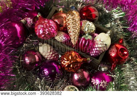 Old New Year's Toys From The Ussr Times In The Form Of Cones, Snowflakes. Christmas Pink, Crimson An