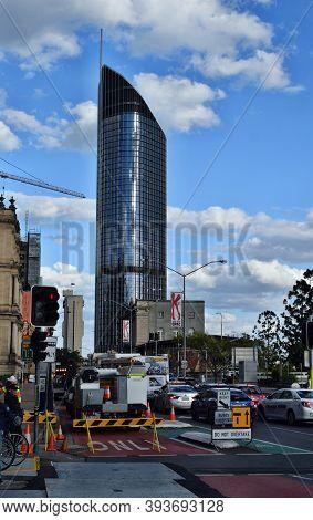 The Tall Modern Glass Skyscraper 1 William Street