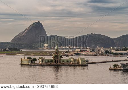 Rio De Janeiro, Brazil - December 22, 2008: Greenish Ilha Fiscal Palace And Museum Building In Front