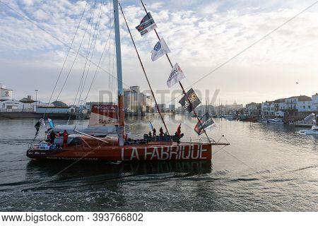 Les Sables D'olonne, France - November 08, 2020: Alan Roura Boat (la Fabrique) In The Channel For Th