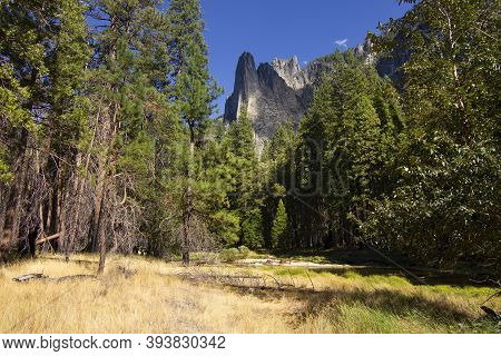 Merced River And Sentinel Rock - Yosemite National Park, California, Usa