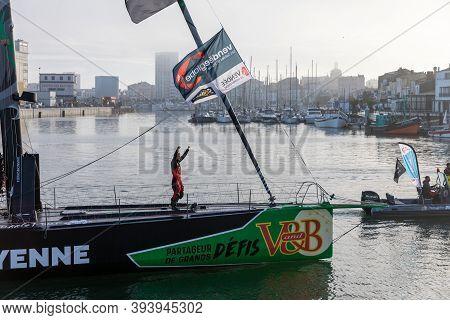 Les Sables D'olonne, France - November 08, 2020: Maxime Sorel Boat (v And B - Mayenne) In The Channe