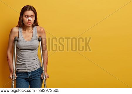Injured Woman Recovers After Accident At Home, Poses With Crutches, Tries To Walk By Herself, Has Bl