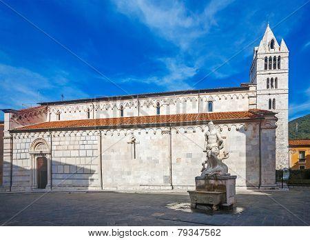 Carrara Cathedral