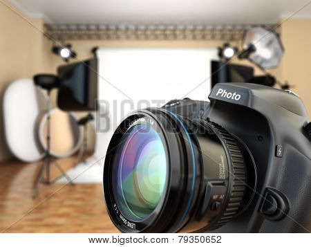 DSLR camera in photo studio with lighting equipment, softbox and flashes. 3d