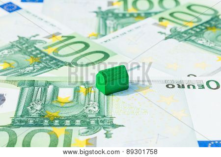 Concept House, Pay Bill, Income Euro