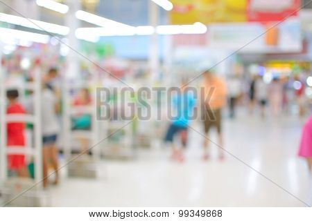 Blur Or Defocus  Background Of People Shopping Supermarket