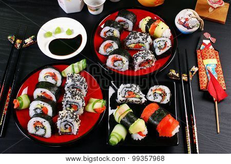 Sushi Party Table
