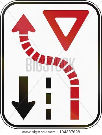 Yield To Oncoming Traffic In Canada