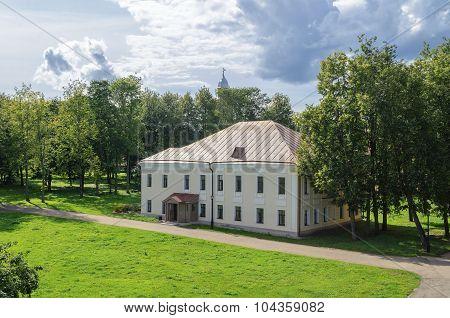 Building Umpire Town In The Novgorod Kremlin