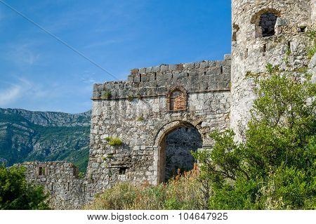 Haj-Nehaj ancient fortress main gate
