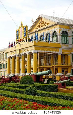 Cannon Bangkok In Thailand   Architecture  Garden  Steet
