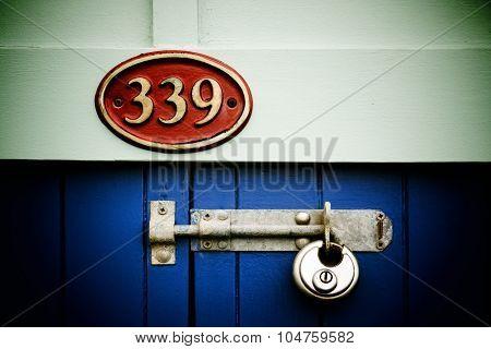 389 Padlock