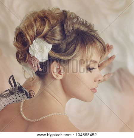 Beautiful Bride With A Wreath Of Roses.
