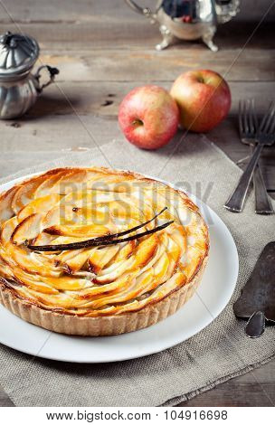 French apple tart with vanilla pod