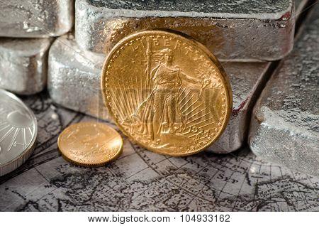 Us Gold Eagle Coin Saint-gaudens & Silver Bars