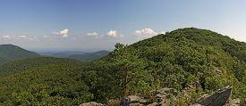 Bearfence Viewpoint Panorama, Shenandoah National Park