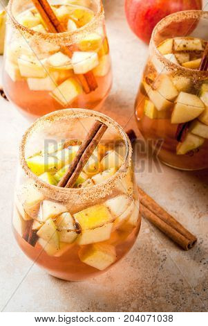 Warm Apple Sangria, Apple Cider