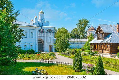 In Suzdal Pokrovsky Monastery