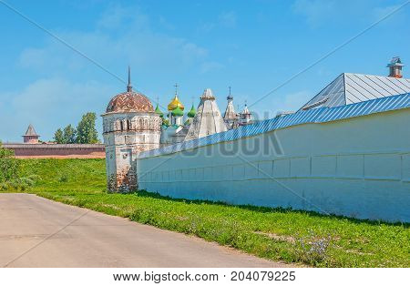The Medieval Monasteries Of Suzdal