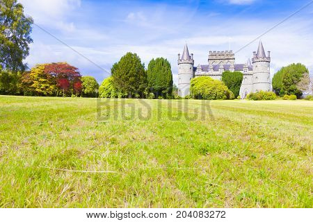 Invereray august 2014: this castle located in Argyll County is a must for every traveler in Scotland. In August you can visit the sumptuous interiors and the beautiful garden.