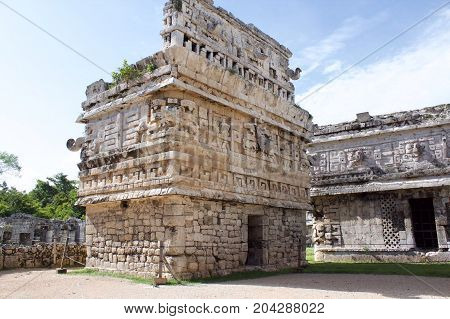 Maya building in Chichen Itza (next to Cancun)