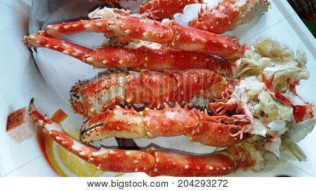 Boiled red crab / Crab stems / Boiled delicious seafood