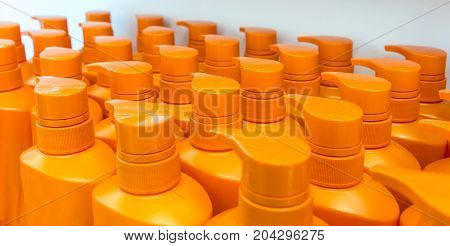 Round Orange Plastic Bottle With Dispenser Pump For Liquid Soap, Shampoo, Shower Gel, Lotion, Body M
