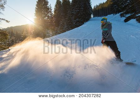 Full Length Shot Of A Woman Snowboarder Riding Snowy Slope Copyspace Scenery Nature Evening Mountain