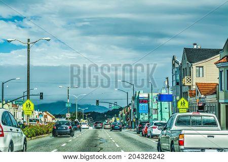 Driving to Golden Gate bridge in California