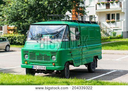 Classic Zuk Van