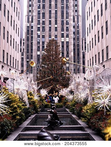 NEW YORK - DECEMBER 9, 1994 - GE building in the Rockefeller Centre at Christmas New York USA, December 9, 1994.