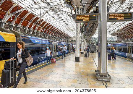 London - May 2016: at the platform of Paddington railway station