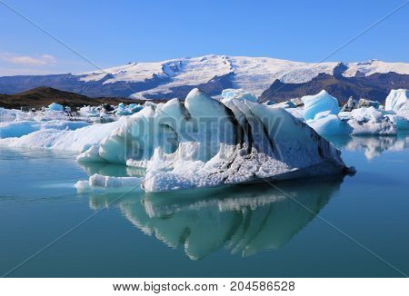 Floating icebergs in the glacial lake Jokulsarlon in Iceland
