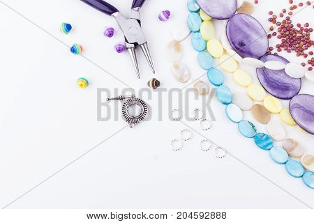 Jewelry Making Components Adn Gemstone Beads