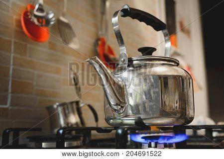 teakettle stove cooker teapot kettle burner boiling the water